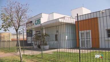Secretaria Estadual de Saúde amplia campanha de vacinação contra o HPV - O Paraná tem 88 mil doses da vacina em estoque.