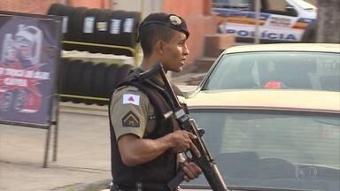PM faz operação para combater violência em Ribeirão das Neves, na Grande BH - Operação foi realizada em várias regiões da cidade.