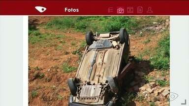 Carro cai de barranco em Cachoeiro de Itapemirim, ES - Acidente aconteceu no bairro Nossa Senhora da Penha.