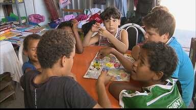 Biblioteca comunitária leva informação para moradores de João Pessoa - A biblioteca Ocupa Mente fica no Colinas do Sul.