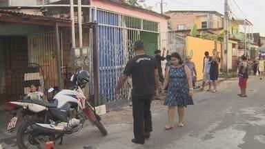 Moradores de bairro em Manaus relatam falta de luz há mais de 12h - Problema ocorre no bairro Vale do Amanhecer.