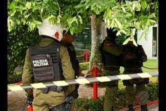 Morador de rua foi executado no centro de Belém, neste sábado, 19 - Testemunhas contaram que dois homens chegaram em uma moto e atiraram no morador, que morreu na hora.