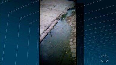 Moradores do Parque Aurora em Campos, RJ, reclamam de vazamento de esgoto no bairro - Confira a seguir.