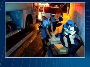 Homem é preso com drogas em ônibus - Veículo passava por Presidente Prudente, no momento da abordagem policial