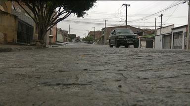 Carro roubado é encontrado em estacionamento de Hospital em Campina Grande - A vítima foi uma corretora de seguros.