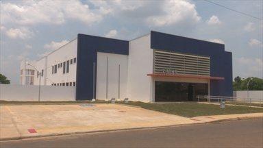 Unisp construída há um ano segue sem funcionar em Vilhena, RO - Servidores da atual delegacia reclamam da situação do prédio.