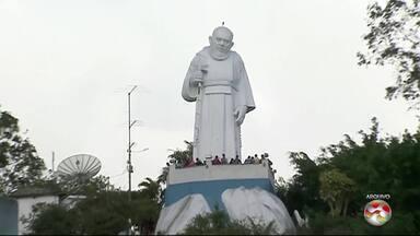 Diocese de Caruaru confirma realização da Romaria de Frei Damião - Evento irá ocorrer entre os dias 1º e 3 de setembro em São Joaquim do Monte.