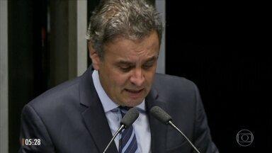 Michel Temer e Aécio Neves usam a internet para explicar encontro no Palácio do Jaburu - A reunião entre o presidente da República e o senador do PSDB, realizada na sexta-feira (18), não constava na agenda oficial.