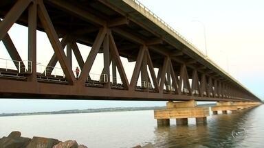 Pontes em rodovias da região noroeste paulista estão com rachaduras e sem proteção - Pontes em em rodovias da região estão em péssimas condições, com rachaduras, remendos e sem proteção nas laterais.