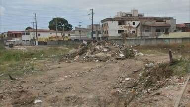 Fortaleza apresenta mais de 1800 pontos de acúmulo de lixo, segundo a Prefeitura - A boa notícia é que alguns desses espaços mudaram completamente