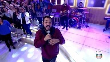 Eduardo Sterblitch canta 'A Lenda' - Ator e humorista participa do reality musical 'PopStar'