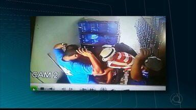 JPB2JP: Ladrões assaltam depósito de água mineral na Capital - Fugiram levando dinheiro e celulares.