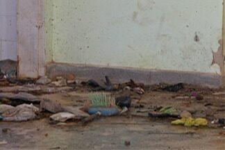 Moradores reclamam de posto de saúde abandonado em Itaquaquecetuba - Obra está inacabada há quase dez anos.