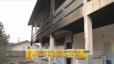 Polícia Civil deve investigar incêndio em escola de Joinville - Polícia Civil deve investigar incêndio em escola de Joinville