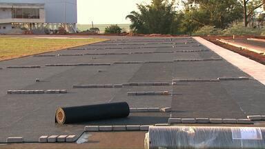 Obras do centro de atletismo de Cascavel deve ser inaugurado ainda este ano - Quase quatro milhões de reais foram investidos só na pista de atletismo.