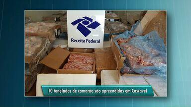 Receita federal apreende camarões contrabandeados - As 10 toneladas do produto estavam escondidas em meio a uma carga de frango congelado.
