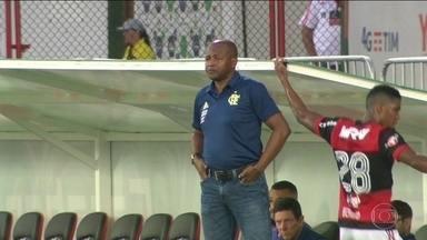 Bernardo Redin, auxiliar de Rueda, quase foi jogador do Flamengo há 30 anos - Colombiano recebeu proposta do clube quando jogava pelo Atlético Nacional-COL