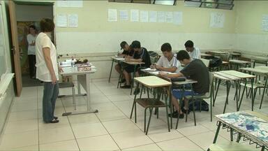 Aulas são paralisadas em colégios estaduais - 30 de agosto marca o aniversário do confronto dos professores com policiais.