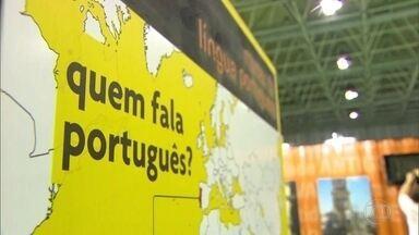 Começa a Bienal do Livro, no Riocentro - Evento traz, este ano, uma instalação audiovisual que recria experiências do Museu da Língua Portuguesa