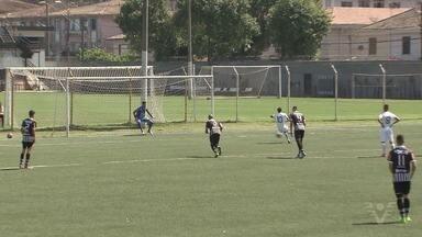Sub-17 do Santos cumpre tabela com vitória por 2 a 0 sobre o Rio Branco - Os gols foram marcados por Victor Yan e Lucas Lourenço. Os destaques Rodrygo, suspenso, e Yuri Alberto, na seleção brasileira, foram desfalques.