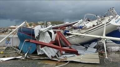 Furacão Irma segue na direção dos EUA com ventos de até 250 km/h - Quinhentas mil pessoas receberam ordem de saírem de suas casas no estado da Flórida. Em sua passagem pelo Caribe, o Irma já matou 14 pessoas e afetou mais de 2 milhões de pessoas.