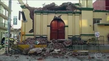 Resultado de imagem para Forte terremoto provoca dezenas de mortes no México