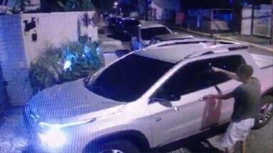 Câmeras flagram roubos de carros na porta de garagens no Rosarinho - Delegado destaca que é preciso denunciar casos à polícia.
