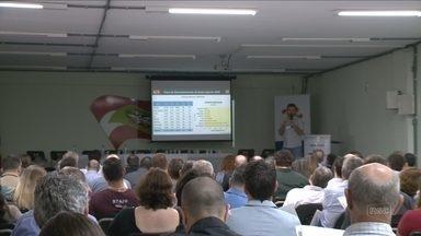 Blumenau recebe encontro para debater o Plano de Desenvolvimento de SC - Blumenau recebe encontro para debater o Plano de Desenvolvimento de SC