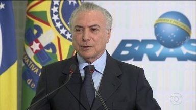 Temer é alvo de novo inquérito no Supremo Tribunal Federal - O ministro Luís Roberto Barroso, do Supremo Tribunal Federal, foi quem autorizou o novo inquérito. A suspeita é que o grupo do presidente tenha favorecido uma empresa que atua no Porto de Santos.