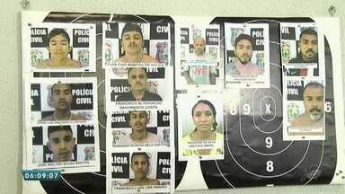 Polícia prende 12 suspeitos de tráfico de drogas em Fortaleza - Saiba mais em g1.com.br/ce