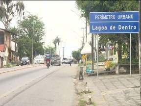 Bandidos armados invadem casa no bairro Lagoa de Dentro, em Campina Grande - Eles levaram dinheiro e vários objetos.