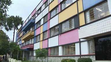 Tribunal de Contas começa a julgar os processos envolvendo obras de escolas públicas - Nove pessoas e uma empresa foram condenados a devolver R$ 3,2 milhões ao estado.