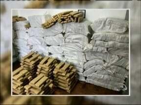 Polícia apreende 1400 quilos de maconha em Tio Hugo, RS - Apreensão aconteceu na BR 386.