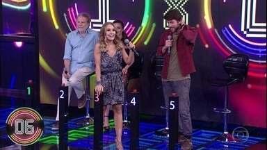 Carla Diaz consegue lembrar de sucesso da banda Malta - Grupo foi o vencedor do Superstar