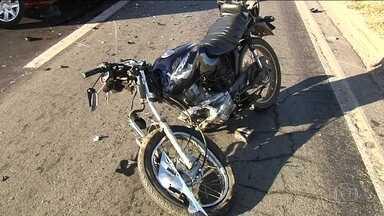 Quase 70% dos acidentes graves em rodovias federais envolvem motos - Motociclistas cometem abusos de todo tipo, além de pilotar em alta velocidade e embriagados.