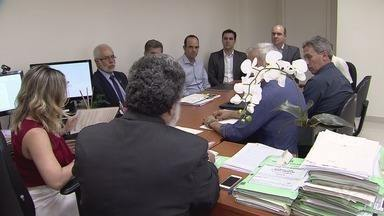 Reunião no Ministério Público debate questão das enchentes na entrada de Santos - Promotoria quer solução para problema que se arrasta há décadas.