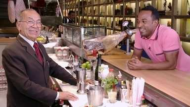 Hoje é dia de passar dos 60: o barman - Alexandre Henderson apresenta Chiquinho, 73 anos, barman