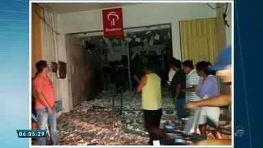 Bandidos explodem dois bancos no município de Potengi na região do Cariri - Saiba mais em g1.com/ce