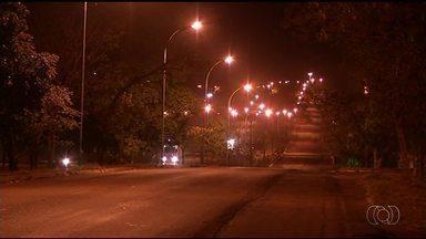 Trecho em Gurupi volta a ficar iluminado após mais de um mês na escuridão - Trecho em Gurupi volta a ficar iluminado após mais de um mês na escuridão