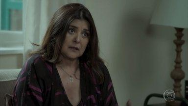 Aurora não permite que Joyce leve Ruyzinho sem o conhecimento de Ritinha - Mãe de Bibi se ofende com comentário da socialite
