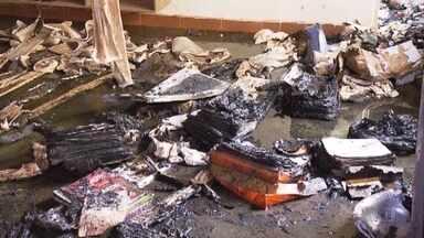 Tragédia em creche de Janaúba chocou o país e deixa muita gente perplexa - Cenas do vigia em chamas se jogando pra cima das crianças não saem da cabeça dos funcionários.