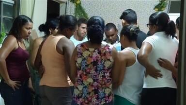 Crianças que inalaram fumaça tóxica ficam em observação em hospital de Janaúba - Tragédia na cidade deixou mortos e feridos nesta quinta-feira.