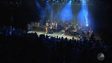 'Concha Negra': bloco Muzenza faz show na Concha Acústica do TCA - Confira como foi mais uma edição do evento.