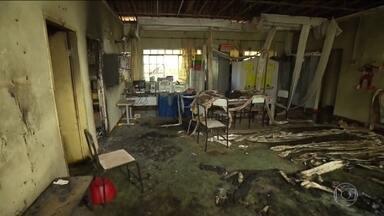 Tragédia da creche de Janaúba, MG, ainda tem 24 internados - Quase todas as vítimas são crianças. O Ministério Púbico abriu investigação porque a creche não tinha alvará dos bombeiros para funcionar.