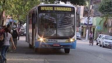 Empresários que pagam vale-transporte reclamam do valor da tarifa de ônibus - Reajustada, a passagem passou para R$ 3,25, R$ 0,50 a mais que a tarifa anterior.