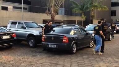 Dez pessoas são presas em ação da PF contra fraudes em fiscalizações do Inmetro em Goiás - Operação Pesos e Medidas, da Polícia Federal, apura recebimento de propina por parte de fiscais do órgão; mandados foram cumpridos em Goiânia, Anápolis e Brasília.