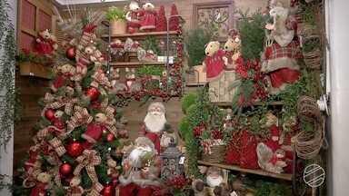 Comerciantes apostam nos produtos de Natal para melhorar vendas em Campo Grande - Mesmo faltando meses para a data comemorativa, os lojistas já colocaram vários produtos natalinos à venda.