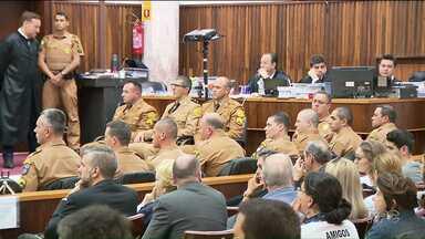 Ministério Público recorre da decisão que absolveu 13 PMs acusados de matar 5 jovens - O Ministério Público do Paraná tem 8 dias para apresentar os argumentos do recurso. Os crimes ocorrem em 2009.