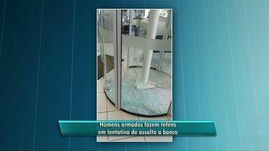 Sete pessoas são feitas reféns em tentativa de assalto à banco em Maripá - Houve troca de tiros entre os assaltantes e o segurança do banco. Ninguém se feriu.