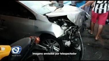 Motorista embriagado perde controle de veículo e atropela cinco pessoas - Motorista embriagado perde controle de veículo e atropela cinco pessoas na cidade de Estância.